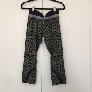 lululemon black & green print cropped leggings